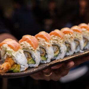 king tataki salmon roll oishi teramo